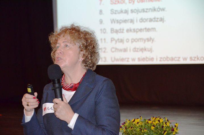 p. Violetta Pulwarska, Przewodnicząca 1